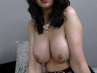 toni फीता ब्रिटिश परिपक्व माँ उसे पुराने योनी खिला