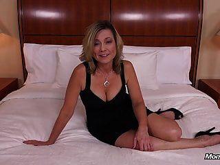 सेक्सी प्राकृतिक स्तन बुलबुला बट शौकिया milf गड़बड़ पीओवी